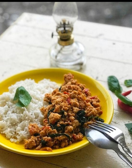 Masak-masak Serantau – Ayam Selasih Thai/ Pad Krapow Gai.
