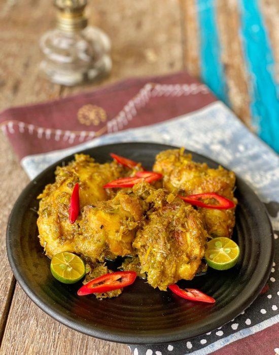 Ayam Phat Phet