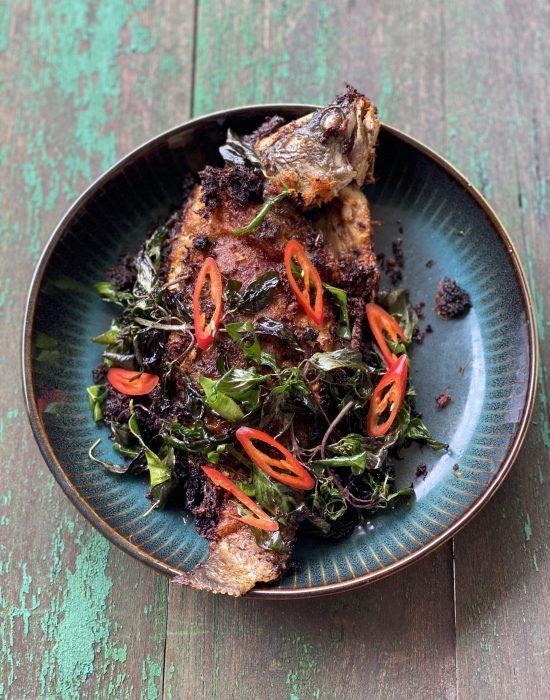 Ikan Siakap Goreng Kari Thai